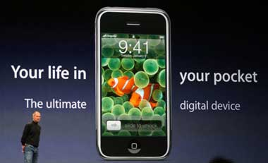 Steve Jobs marketing iPhone